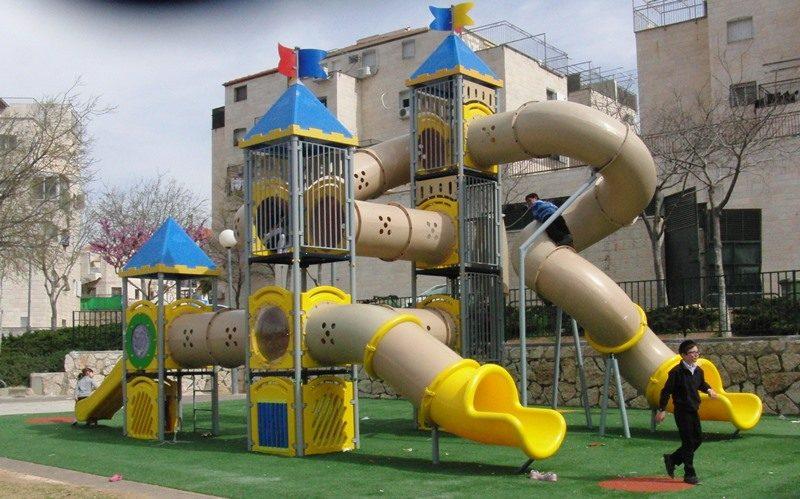 גן משחקים בביתר עילית