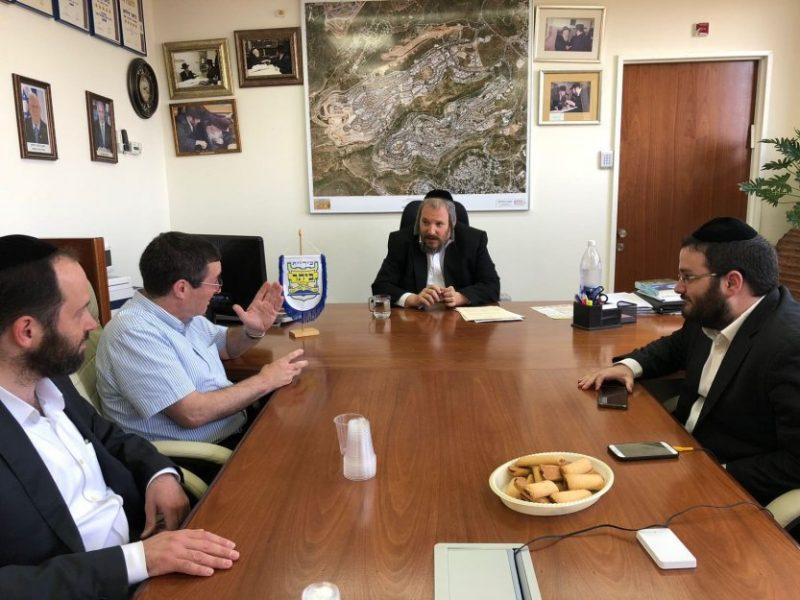 מפתח-פגישה עם ראש עיריית ביתר-28774161383764645754..jpg