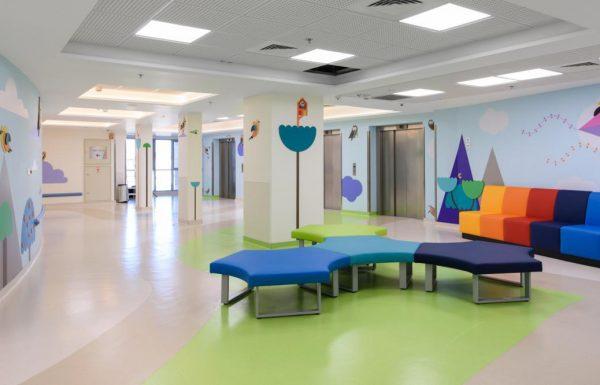 מצויינות בצבעים: המצוינות של בית החולים לילדים ב'שערי צדק' – צבעונית!